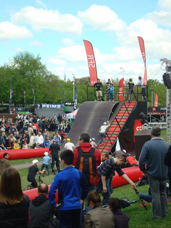 "Vid�o & Photo du ""Fise Xperience Series"" BMX � Reims"